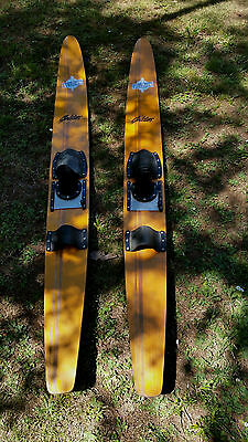 Pr Timber Velaqua `Goldies` water skis with covers. Pick-up 3139