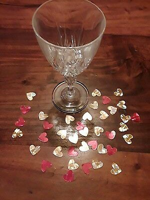 red and gold hearts table confetiti  ( pack of 200)