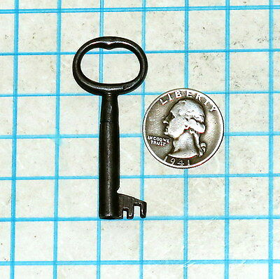 Real Vtg True Antique Old Ornate Fancy Primitive Lock Hollow Barrel Skeleton Key