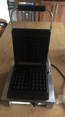 Modena Professional Commercial Waffle Iron Maker