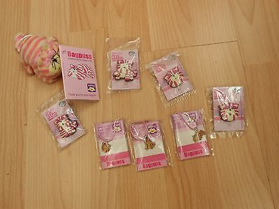 COLLECTION OF BAGPUSS CHARITY 30th ANNIVERSARY  BADGES & NECKLACES / KEY RINGS