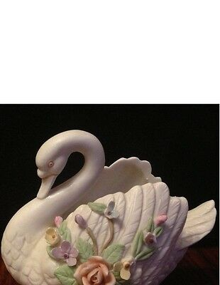 """ANTIQUE IVORY COLOR HAND PAINTED"""" COLLECTION by LEFTON SWAN"""