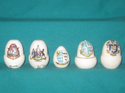 5 Crested China Acorns - assorted crests