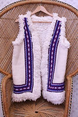 Vintage embroidered faux Sheepskin wooly waistcoat gilet 60s 70s jacket M L