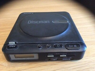 SONY Discman Portable CD Compact Disc Player - Vintage Retro 1980's
