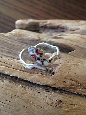 A beautiful vintage Enamel Cobra Ring In Wavy Band.marked925,size 6