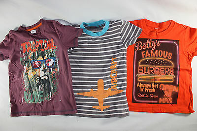Bundle of 3-4 and 5-6 years boys clothes, 7x t-shirts, 3x shorts