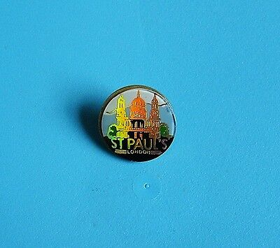 ST Paul's cathedral London stud pin badge charity