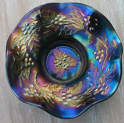 Duggan Carnival Glass Holly And Berry Bowl Amethyst