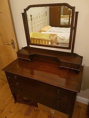 Antique dressing table with tilting mirror