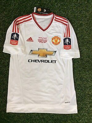Manchester United Adidas Shirt size L Rooney 10 - FA Cup Sleeve Patches &