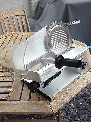 Metcalfe XS250 Meat / Cheese / Bread / Vegetable Slicer. Fantastic Condition.