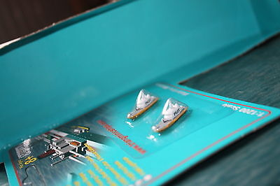 Pilots Boats from Triang Minic Ships . Two boats carded mint.