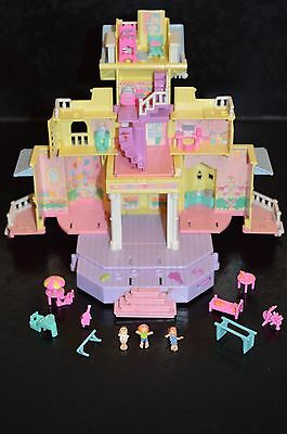 Polly Pocket Bluebird 95 Clubhouse + 3 perso
