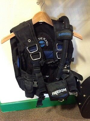 "Sherwood ""Dive the Planet""  bcd size Xtra Small"