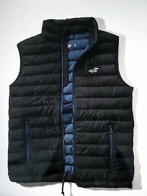 Hollister Mens Vest -- Size S  ---100% Authentic -- New With Tags !
