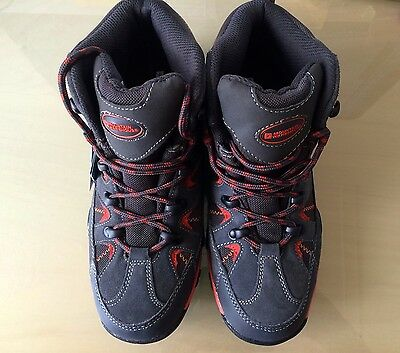 Mountain Warehouse: Rapid Kids Waterproof Boots - EXCELLENT condition