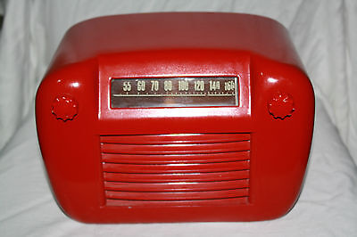 Canadian Westinghouse Co. Red Tube Radio Model 578 from 1940s - RARE, WORKING!!