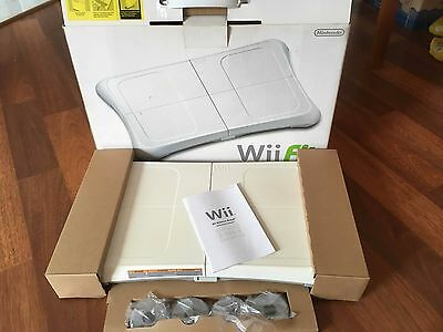 Wii Fit Original bundle of balance board and game