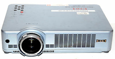 Eiki Lc-Xb33N Multimedia Lcd Projector - 748Hrs Lamp Usage