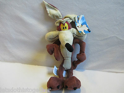 """Boots Exclusive - Warner Bros Looney Tunes Wile E Coyote Plush Soft Toy 16"""" TAGS"""