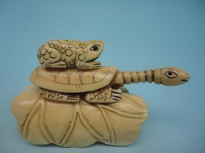 Collected Ornaments Old China Manual Sculpture Vivid Lotus leaf Frog Turtle