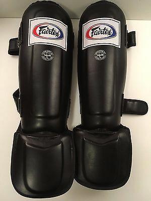 Fairtex Pro Style In-step double padded Muay Thai shin guards, size M