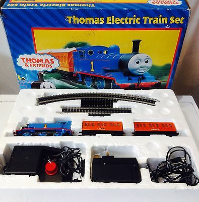 Hornby Thomas and Friends Electric Train Set R9043 OO Gauge Railway Boxed Toy