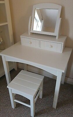 White dressing table for girl