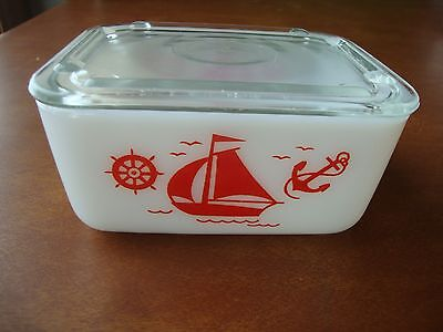 Vintage McKee Glass Container Red Sailboat Small Refrigerator Dish w/ Lid JV99
