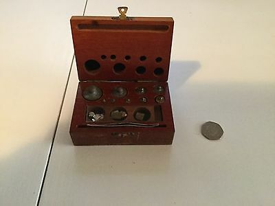 Vintage calibration weight set/ small weights