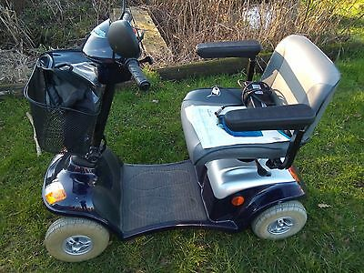 Kymco 6mph mobility scooter with lights & indicators