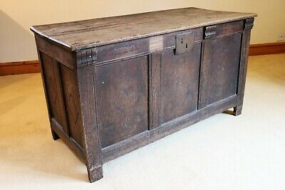 Stunning 18th Century English Large Oak chest