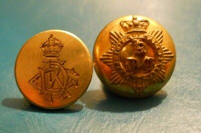 Officers Uniform Buttons . King's Dragoon Guards. Qvc / Kc..
