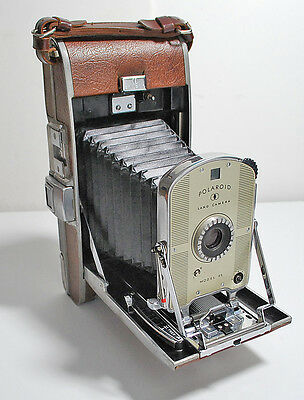 Vintage Polaroid Land Camera 95 with Box with Flash 200