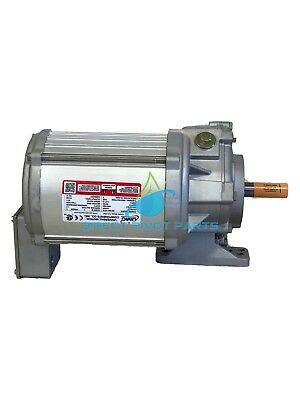 UMC Helical Pivot Center Drive 3/4 H.P. 44 RPM Gear Ratio 40:1
