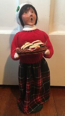 Byers Choice Caroler Woman Selling Cookies Vendor Sweet Treats Signed 2007