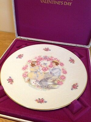 Royal Doulton Valentines Day Bone China Collectors plate 1977 Vintage