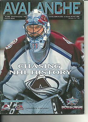 2000 Colorado Avalanche Official Team Magazine Patrick Roy on cover