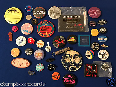 LOT of(39)vintage 1970's-80 R&B/Soul/Funk PROMO BUTTON PIN BADGE Cameo Commodore