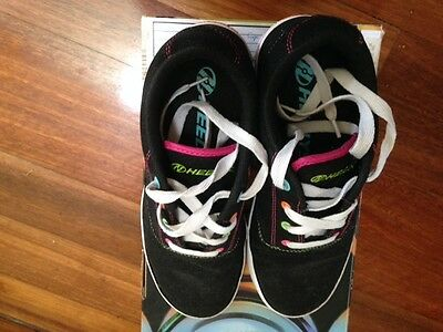 Heeleys Girls - Fantastic Condition Size 6 Youth