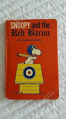 Charles Schultz Snoopy And The Red Baron Hardcover Book 1967