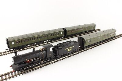 Hornby R3302 1940: 'Return From Dunkirk' Limited Edition Train Pack - new