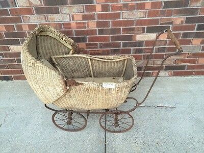 Genuine LLOYD LOOM Baby Doll  Carriage Stroller Wicker Vintage