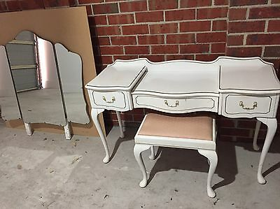 Queen Anne Dressing Table and Stool