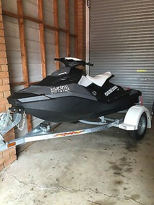 2015 Sea-Doo Spark 60hp 2up
