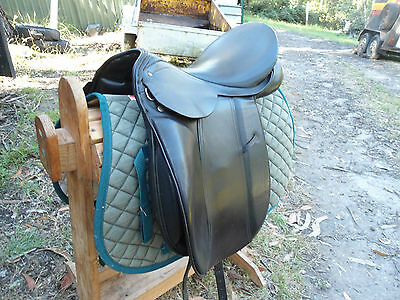 16.5 Wembley Dressage Saddle