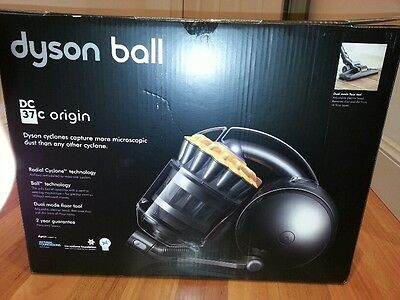 Dyson DC37C Bagless Vacuum Cleaner