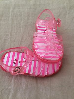 New Girls Seed Sandals Size 22