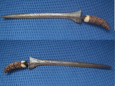Vintage looking dagger (or 'Kris') with carved handle